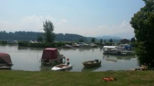 Der er fladt vand på søen, for det meste i hvert fald.